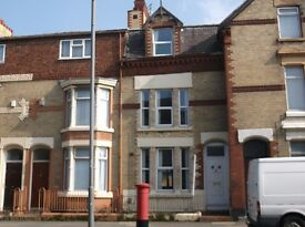 4 Bedroom furnished property situated on Stanley Road within close proximity to the City Center,