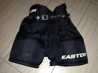 BOYS EASTON HOCKEY PANTS IN EXCELLENT CONDITION (NORTH LONDON)