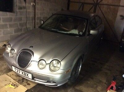 BREAKING JAGUAR S TYPE 30 V6   ALL PARTS AVAILABLE