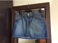 Levi's denim skirt Size M