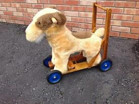 🎄Push Along Dog - well loved toy looking for a new home Suitable from 12 months + 🎄
