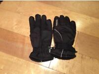 Thinsulate Ski Gloves size 9-12 years