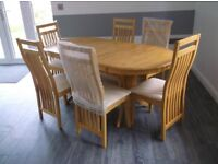 BRAND NEW DINING TABLE & 6 CHAIRS