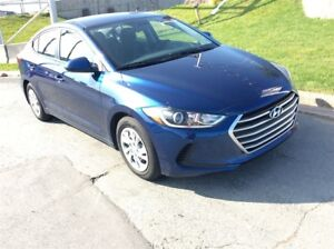 2017 Hyundai Elantra GET A CHRISTMAS GIFT WITH EVERY VEHICLE PUR