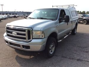 2005 Ford F-250 XLT***CREDIT 100% APPROUVE***