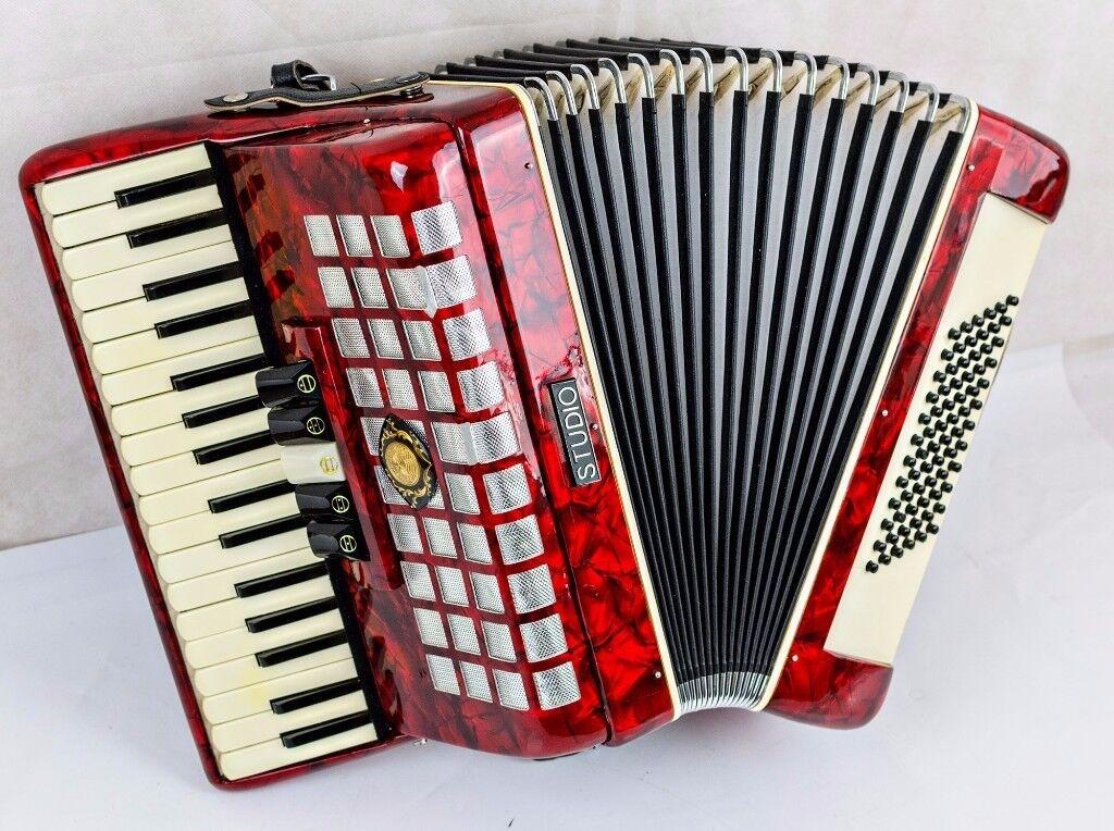 Studio 72 Bass Accordion - 3 Voice - Red Pearl