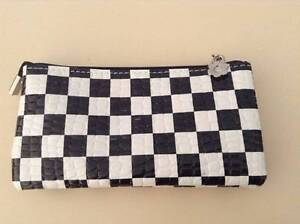 Small Purse Thornlie Gosnells Area Preview