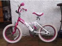 Good condition girls' bike, age 5+, 3/4 years old