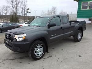 2014 Toyota Tacoma ACCESS CAB 4X4 - DONT MISS THIS HOT BUY, BOOK