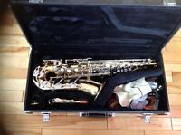 Saxophone Yamaha brand. Bought new maintained well