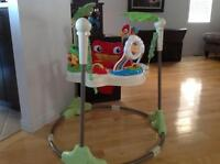 Sauteuse Fisher Price - Rainforest jumperoo
