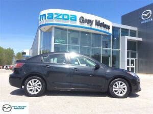 2013 Mazda Mazda3 GX, 6 speed, Air condition, One Owner