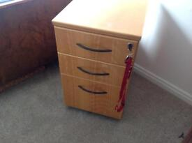 Solid beech wood lockable cabinet with keys/bedside table