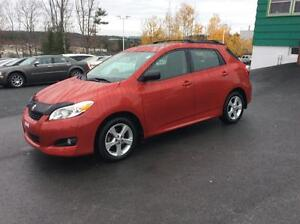 2014 Toyota Matrix SPORT EDITION WITH SUNROOF - FRESH OFF LEASE
