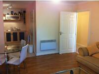 Fully furnished 2 Double bedroom flat with separate kitchen Bathroom with wifi & secure parking