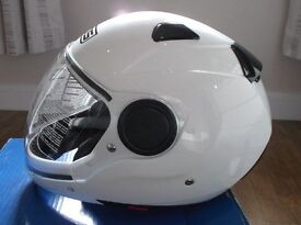 AGV / MDS Sunjet White Motorbike Helmet Size Large but closer to Medium New in Box / Never Worn.