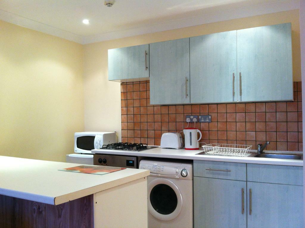 SHORT LET One Bed Flat on Finchley Road NW3 . £550Per week