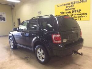 2011 Ford Escape XLT Annual Clearance Sale! Windsor Region Ontario image 4