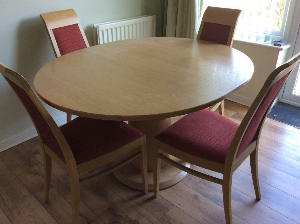 Extending dining room table and 4 chairs in poole for Four chair dining table