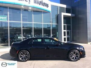 2015 Chrysler 300 S Model, Heated Leather, Navi, Panoramic Sunro