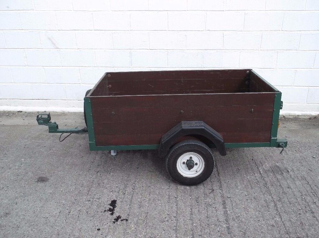 CAR TRAILERin Withernsea, East YorkshireGumtree - 5 X 3 CAR TRAILER, WOODEN SIDES & FLOOR. DROP DOWN BACK PANEL, GOOD TYRES INCLUDING SPARE, NEW MUDGUARDS, ALL ELECTRICS WORK. EXCELLENT CONDITION, TOWS GREAT, GOOD STRONG TRAILER. £165.00 ONO 07943176969