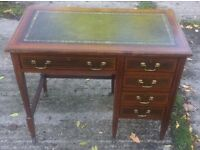 ANTIQUE EDWARDIAN MAHOGANY DESK WITH LEATHER TOP