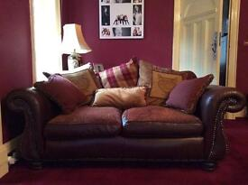 Arighi Bianchi 3 piece sofa suite red and gold