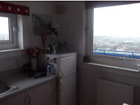 ROOM TO LET £65 PW - NO BILLS - NO DEP.