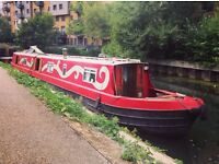 Beautiful narrow boat home for sale - option of residential mooring