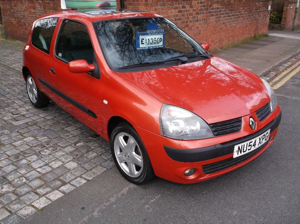2004 renault clio extreme 3 diesel 3 door hatchback in darlington county durham gumtree. Black Bedroom Furniture Sets. Home Design Ideas