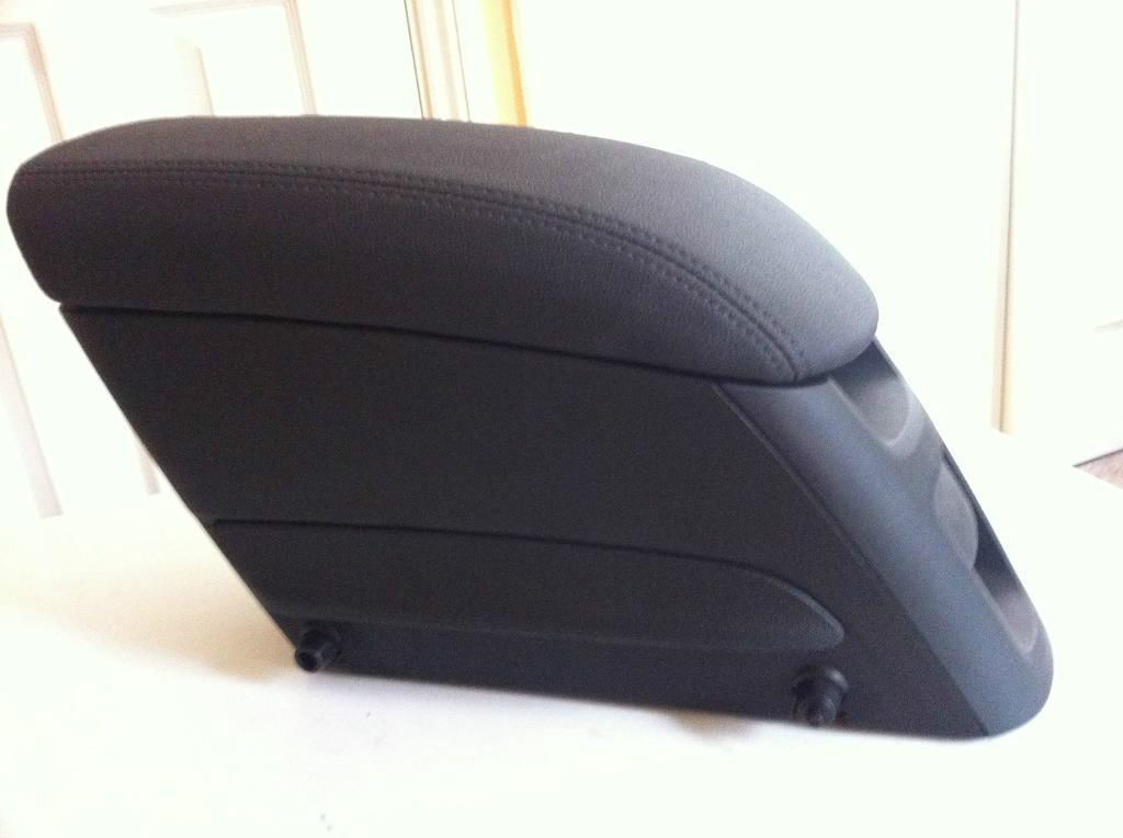 New Genuine Vauxhall Meriva B 2012 Front Tunnel Console