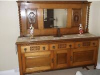 Antique Oak sideboard/Buffet ~ Early 20th Century in exceptional condition