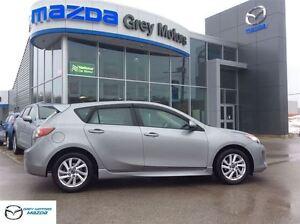 2013 Mazda MAZDA3 GS-SKY, Heated Leather, Sunroof, One Owner, lo