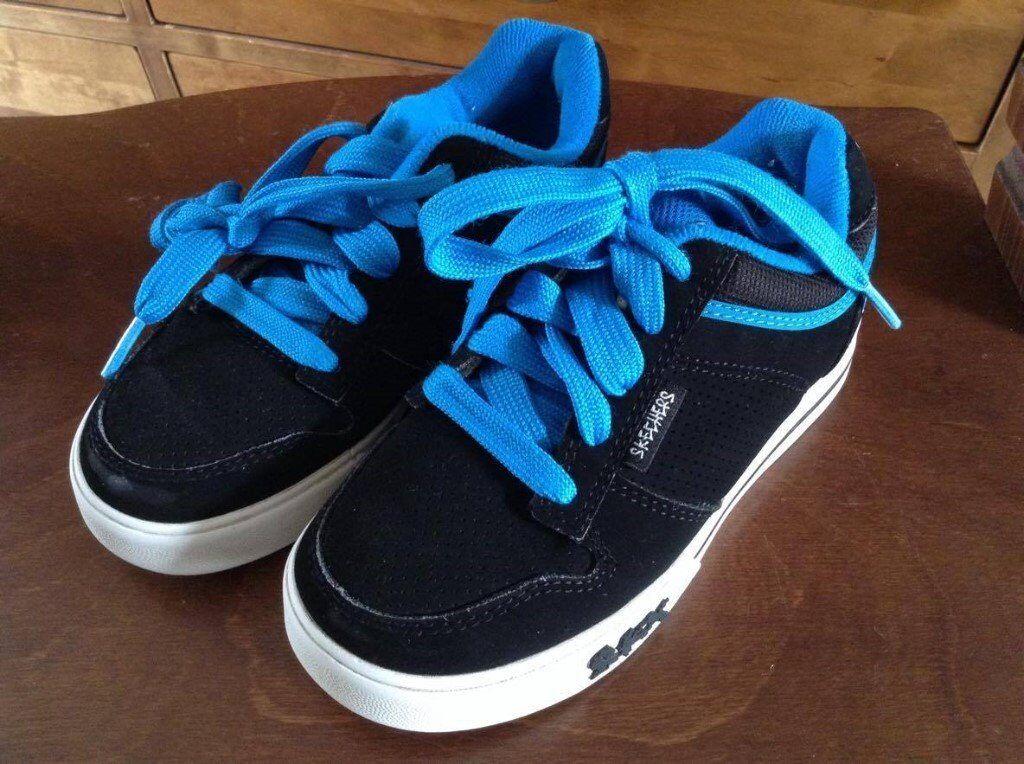 Children's Skechers trainers size 11.5