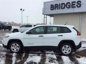 2014 Jeep Cherokee SPORT**One Owner/No PST!!**