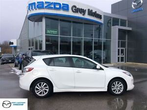 2013 Mazda MAZDA3 GS-SKY, Heated Leather, Power Sunroof, One own