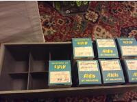 Slide storage box and cassettes