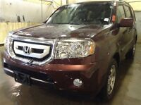 2010 Honda Pilot Touring..Top of the line..FULLY LOADED!!!