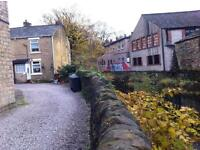 2 Bed Flat in Glossop