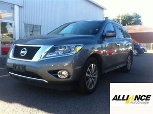 2015 Nissan Pathfinder SV*EN PREPARATION**