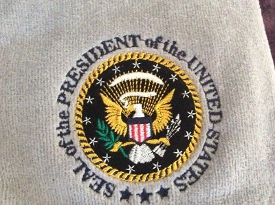 BNWT SEAL OF THE PRESIDENT OF US GOLF TOWEL