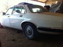 1982 jaguar XJ6 series 3 sovereign 4.2L unfinished project or parts Southbank Melbourne City Preview