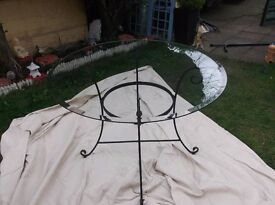 round top glass table