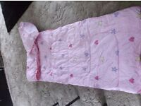 Childs / girls sleeping bag with bag to pack away