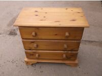 Pine chest of draws ***Can deliver***