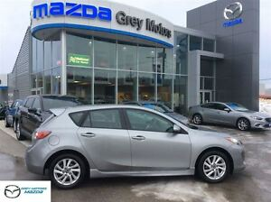 2013 Mazda MAZDA3 GS-SKY, Heated Leather, P. Sunroof, mint!