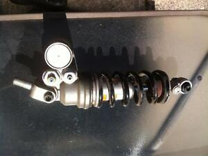 2009 YAMAHA R1LE  SWING ARM AIR BOX FUEL INJECTION WITH 20000KM Windsor Region Ontario image 9