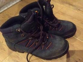 Peter Storm Waterproof kids size 6 hiking boots