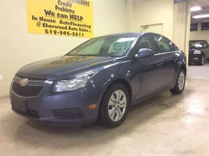 2013 Chevrolet Cruze LT  Annual Clearance Sale! Windsor Region Ontario image 2