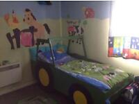 Single john Deere tractor bed